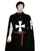 Abbigliamento dei Cavalieri Ospitalieri in vendita